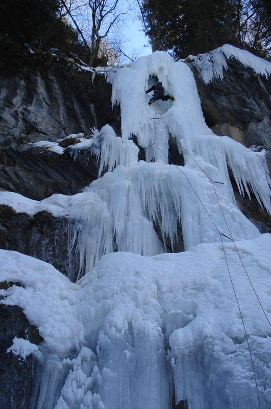 Icefall Chatelard Suisse